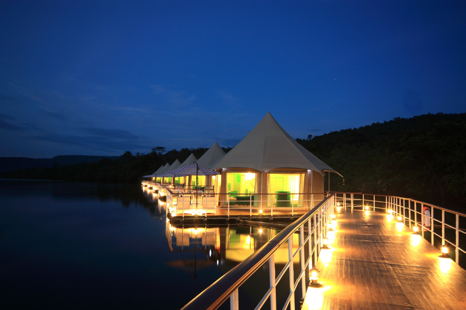 Luxury and Glamping Tents handcrafted to make a lagoon lodge