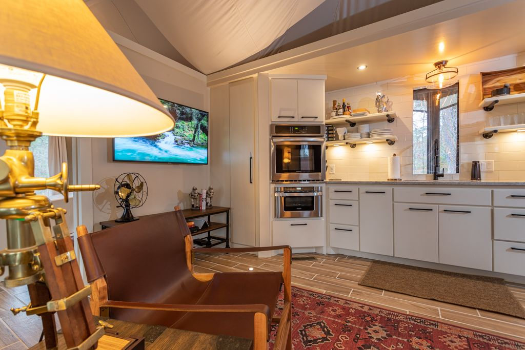 a Live-in Tent can have all the luxury you need in Daytona Florida